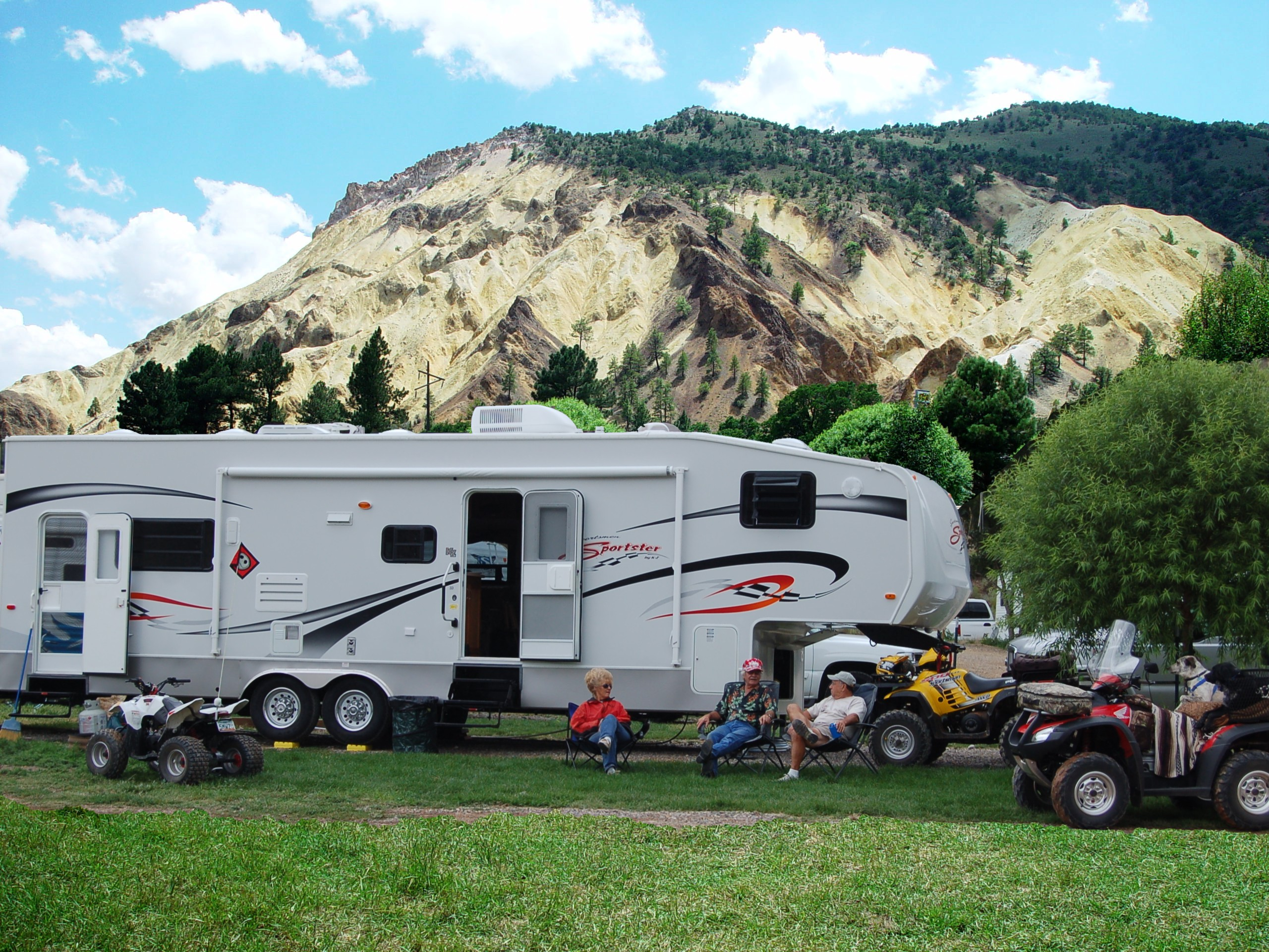 Big Rock Candy Mountain RV Park